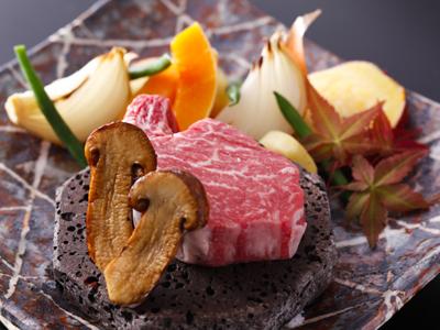 淡路ビーフチャンピオン牛フィレ肉の石焼き 秋野菜添え