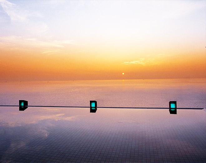 空へ誘う展望風呂・波打の露天風呂 湯賓閣 天宮の雫